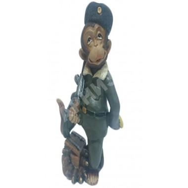 Обезьяна-солдат CNR65676